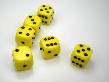 Chessex Opaque Yellow w/Black 16mm d6