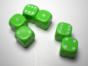 Game Master Mini Green w/White 16mm d6