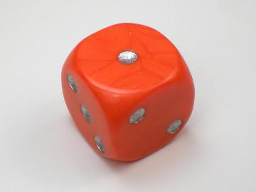 Unknown Opaque Orange w/Silver 16mm d6 Dice