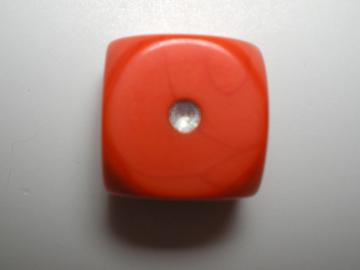 Game Master Opaque Orange w/Silver 16mm d6