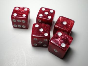 Koplow Games Marbelized Red w/White16mm d6 Dice