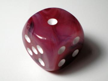 Chessex Phantom Cranberry w/White16mm d6