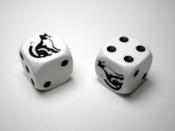 Koplow Games Cat White w/Black 16mm d6 Dice