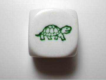 Koplow Games Turtle White w/Green 16mm d6 Dice